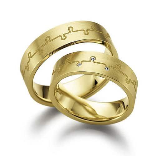 78e9b3b42fb2 Желтое золото  характеристики и стоимость
