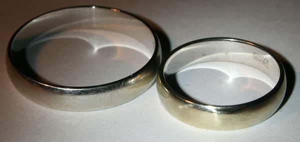 белое золото кольца