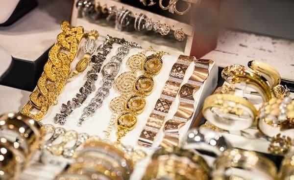 где купить дубайское золото